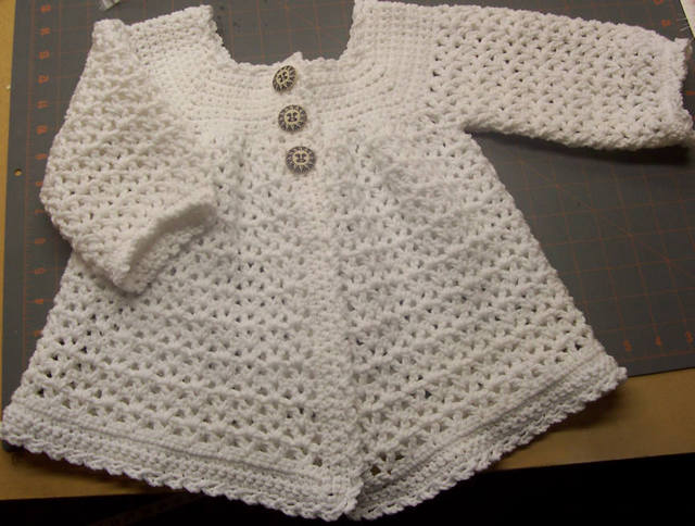 Crochet Baby Hat And Sweater Pattern : EASY CROCHET BABY SWEATER PATTERN Patterns