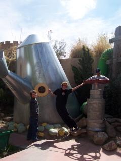 Giantwateringcan